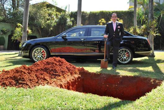 La foto que el Conde Chiquinho Scarpa colgó en Facebook para anunciar su estrambótica idea.