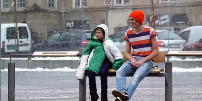 SOS Children Noruega - Niño frío_hombre manga corta