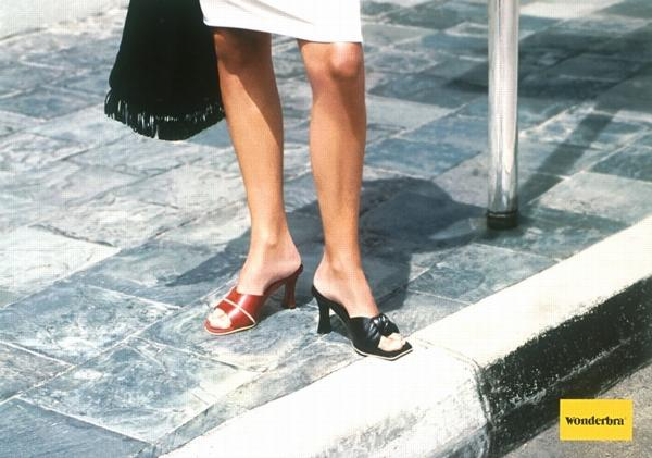 Wonderbra_zapatos