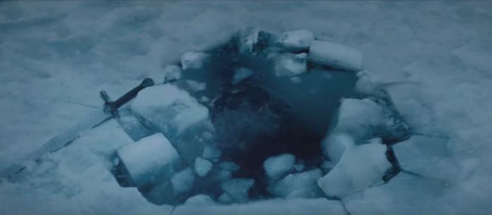 Greenpeace-Juego Tronos-agujero hielo